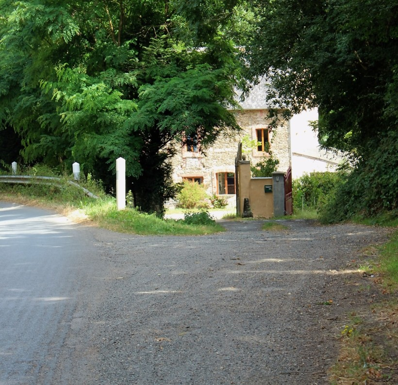 Moulin de la Roche - entrance