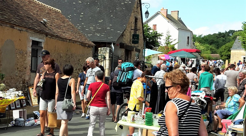 Vide Grenier - Asnières sur Vègre