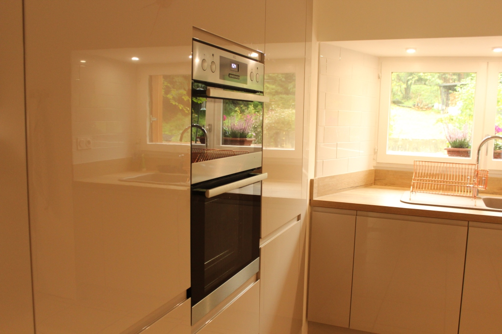built in pantry, ovens and fridge-freezer
