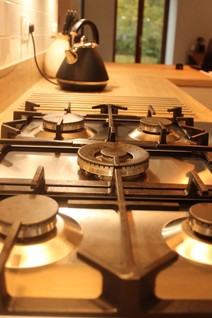gas hob and wok burner